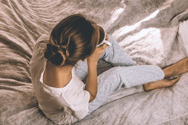 Zo kleed je je trendy en comfortabel voor een rustige dag thuis!