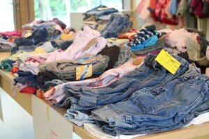 Kinderkleding shoppen in de sale- waar moet je op letten?