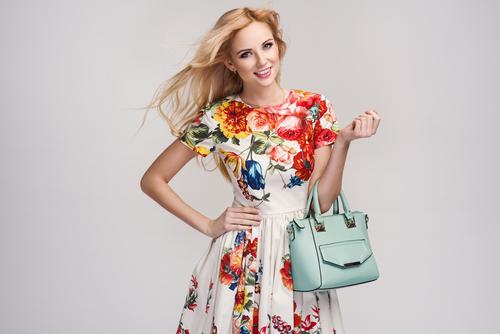 Je outfit is pas écht af met een stijlvolle tas
